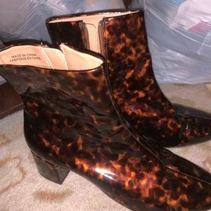 Urban outfitters tortoise shell boot